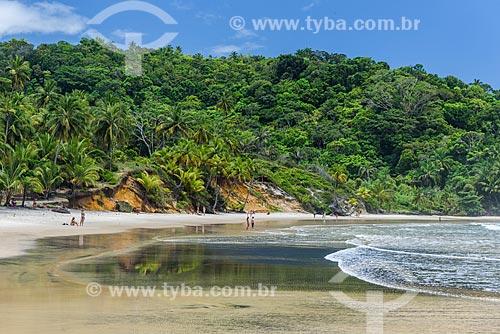 Orla da Praia da Engenhoca próximo à foz do Rio Burundanga  - Itacaré - Bahia (BA) - Brasil