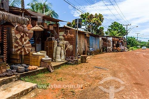 Artesanato em palha à venda na cidade Itacaré  - Itacaré - Bahia (BA) - Brasil