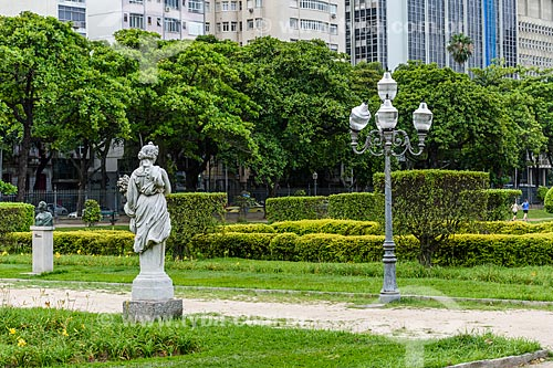 Estátua na Praça Paris (1926)  - Rio de Janeiro - Rio de Janeiro (RJ) - Brasil