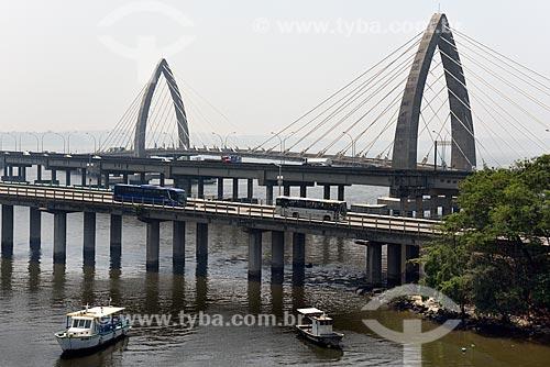 Ponte Velha do Galeão, Ponte nova do Galeão e a direita a Ponte Prefeito Pereira Passos (2014) do BRT Transcarioca  - Rio de Janeiro - Rio de Janeiro (RJ) - Brasil