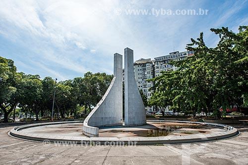 Vista do Memorial Getúlio Vargas (2004) na Praça Luís de Camões  - Rio de Janeiro - Rio de Janeiro (RJ) - Brasil