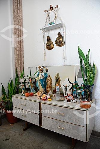 Altar na sede do Grupo Cultural Jongo da Serrinha  - Rio de Janeiro - Rio de Janeiro (RJ) - Brasil