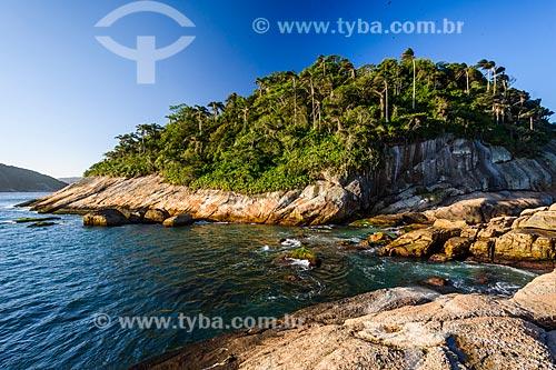 Vista da Ilha de Cotunduba na Baía de Guanabara  - Rio de Janeiro - Rio de Janeiro (RJ) - Brasil