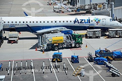 Avião na pista do Aeroporto Internacional de Viracopos  - Campinas - São Paulo (SP) - Brasil