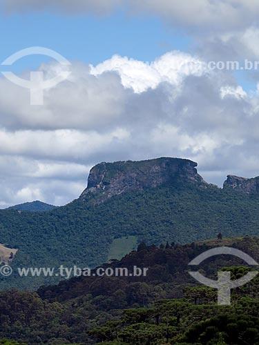 Vista da Pedra do Baú a partir da cidade de Campos do Jordão  - Campos do Jordão - São Paulo (SP) - Brasil