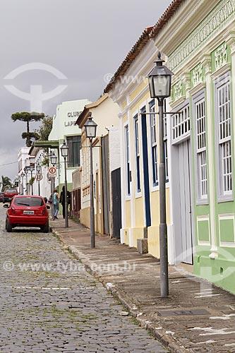 Rua de paralelepípedo e casario colonial  - Lapa - Paraná (PR) - Brasil
