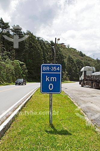 Placa indicando o km 0 da Rodovia BR-354  - Resende - Rio de Janeiro (RJ) - Brasil
