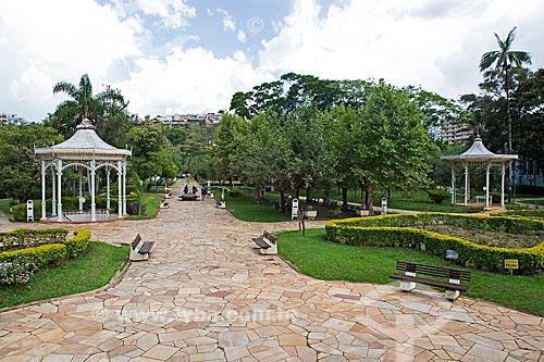 Fonte Duque de Saxe - à esquerda - e a Fonte Beleza - à direita - no Parque Dr. Lisandro Carneiro Guimarães (Parque das Águas de Caxambu)  - Caxambu - Minas Gerais (MG) - Brasil