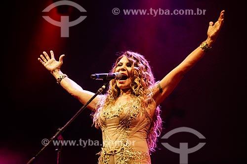 Elba Ramalho cantando na Praia de Copacabana durante a festa de réveillon  - Rio de Janeiro - Rio de Janeiro (RJ) - Brasil