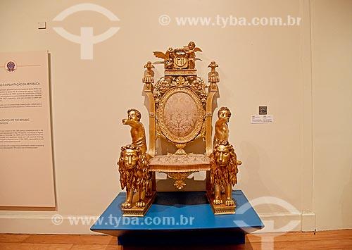 Trono de Dom Pedro II no Senado do Império - parte da exposição permanente A Construção da Nação - no Museu Histórico Nacional  - Rio de Janeiro - Rio de Janeiro (RJ) - Brasil