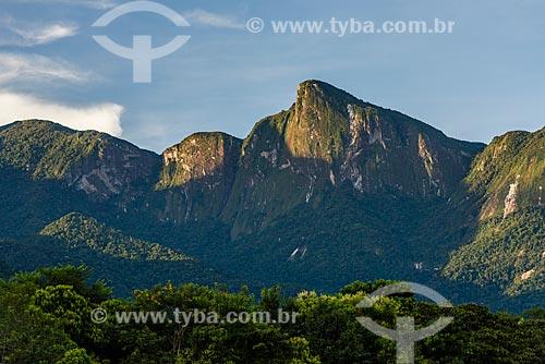 Vista do Morro da Mulher de Pedra a partir da Reserva Ecológica de Guapiaçu  - Teresópolis - Rio de Janeiro (RJ) - Brasil
