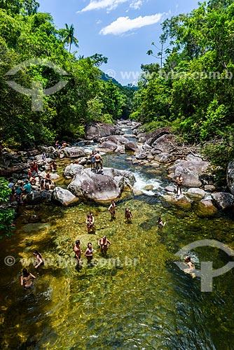 Banhistas no Lago Azul no Parque Nacional de Itatiaia  - Itatiaia - Rio de Janeiro (RJ) - Brasil