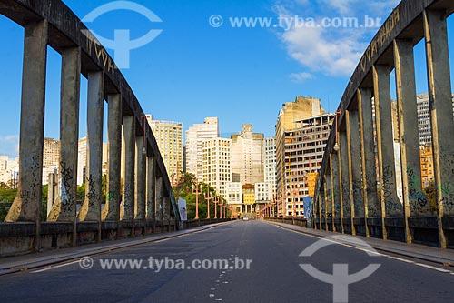 Vista da cidade de Belo Horizonte a partir do Viaduto da Floresta (1937)  - Belo Horizonte - Minas Gerais (MG) - Brasil