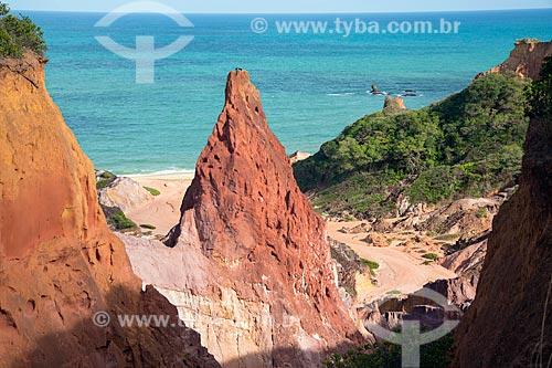 Formação conhecida como Castelo da Princesa na orla da Praia de Coqueirinhos  - Conde - Paraíba (PB) - Brasil