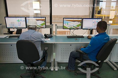 Sala de controle da Unidade de Bombeamento UBI 1 - eixo norte - parte do Projeto de Integração do Rio São Francisco com as bacias hidrográficas do Nordeste Setentrional  - Cabrobó - Pernambuco (PE) - Brasil