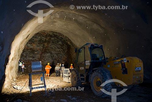 Marcação para perfuração do Túnel Milagres - parte do Projeto de Integração do Rio São Francisco com as bacias hidrográficas do Nordeste Setentrional  - Penaforte - Ceará (CE) - Brasil