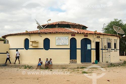 Fachada de Escola Indígena Acilon Ciriaco da Luz Pin Truká na Aldeia Camaleão - Tribo Truká  - Cabrobó - Pernambuco (PE) - Brasil