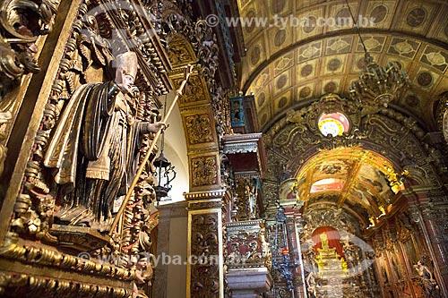 Detalhe da imagem religiosa no interior da Igreja de Nossa Senhora do Monte Serrat (1671) no Mosteiro de São Bento  - Rio de Janeiro - Rio de Janeiro (RJ) - Brasil