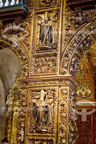 Detalhe da imagens religiosas no interior da Igreja de Nossa Senhora do Monte Serrat (1671) no Mosteiro de São Bento  - Rio de Janeiro - Rio de Janeiro (RJ) - Brasil