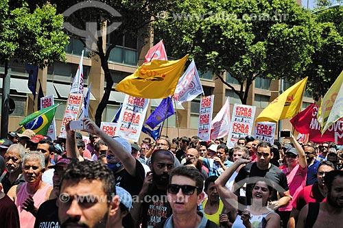 Protesto de servidores públicos na Rua Primeiro de Março  - Rio de Janeiro - Rio de Janeiro (RJ) - Brasil