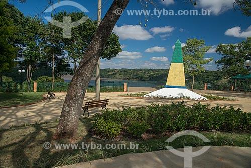 Obelisco no Marco das Três Fronteiras  - Foz do Iguaçu - Paraná (PR) - Brasil