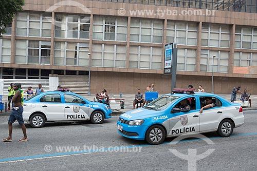 Policiamento na Rua Primeiro de Março durante o desfile do bloco de carnaval de rua Cordão do Bola Preta  - Rio de Janeiro - Rio de Janeiro (RJ) - Brasil