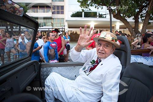 Detalhe de José Ruy Dutra - fundador e presidente do bloco de carnaval de rua Banda de Ipanema  - Rio de Janeiro - Rio de Janeiro (RJ) - Brasil