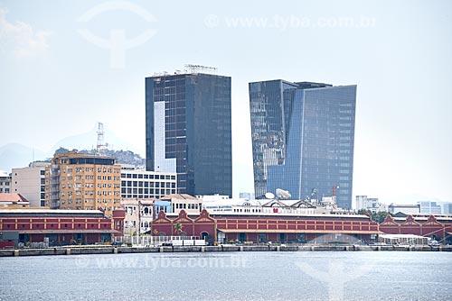 Vista do Porto do Rio de Janeiro com o edifício sede da L Oréal Brasil e edifício Vista Guanabara  - Rio de Janeiro - Rio de Janeiro (RJ) - Brasil