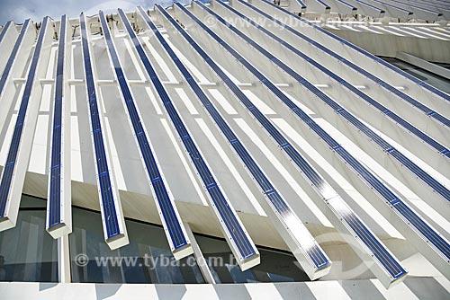Detalhe de painéis solares fotovoltaico do Museu do Amanhã  - Rio de Janeiro - Rio de Janeiro (RJ) - Brasil