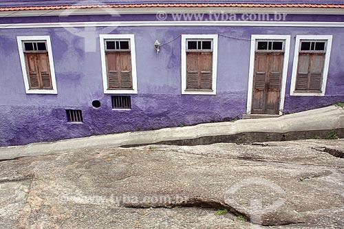 Detalhe de fachada de casario na Pedra do Sal - também conhecido como Largo João da Baiana  - Rio de Janeiro - Rio de Janeiro (RJ) - Brasil