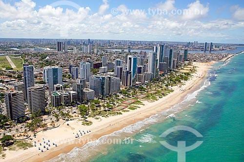 Foto aérea da Praia da Boa Viagem com a Praia do Pina ao fundo  - Recife - Pernambuco (PE) - Brasil