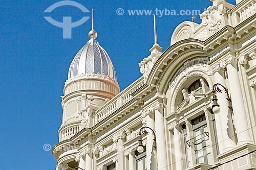 Detalhe da fachada do Paço Municipal de Juiz de Fora - antigo prédio da Prefeitura  - Juiz de Fora - Minas Gerais (MG) - Brasil