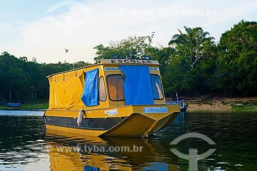 Barco para transporte escolar - Comunidade Urucureá  - Santarém - Pará (PA) - Brasil