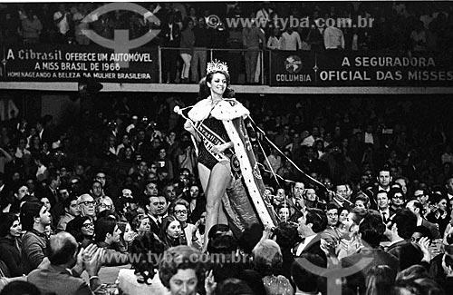 Desfile de Martha Vasconcellos - vencedora do Miss Brasil 1968 - no Ginásio Gilberto Cardoso - também conhecido como Maracanãzinho  - Rio de Janeiro - Rio de Janeiro (RJ) - Brasil