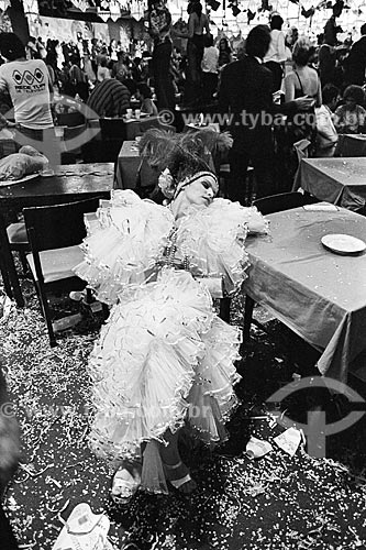 Detalhe de folião durante o último baile de carnaval do Theatro Municipal do Rio de Janeiro  - Rio de Janeiro - Rio de Janeiro (RJ) - Brasil