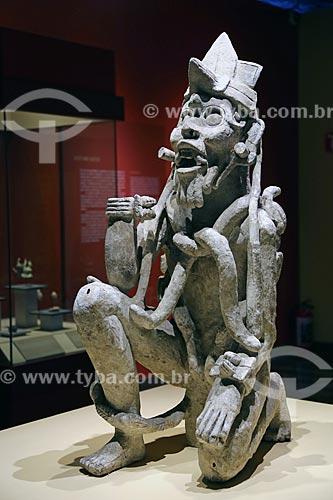 Detalhe de estátua em exibição no Museo Nacional de Antropología (Museu Nacional de Antropologia do México)  - Cidade do México - Distrito Federal - México