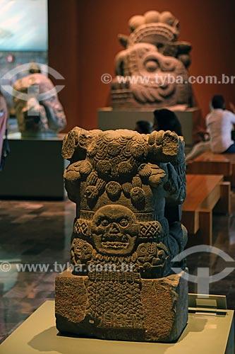 Detalhe de escultura em exibição no Museo Nacional de Antropología (Museu Nacional de Antropologia do México)  - Cidade do México - Distrito Federal - México