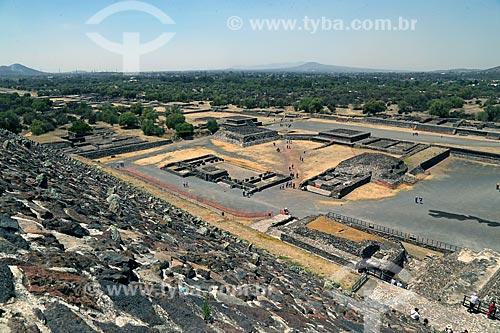 Vista da Plaza del Sol (Praça do Sol) a partir da Pirâmide del Sol (Pirâmide do Sol) nas Ruínas de Teotihuacan  - San Juan Teotihuacán - Estado do México - México