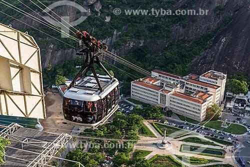 Bondinho do Pão de Açúcar fazendo a travessia entre o Morro da Urca e o Pão de Açúcar  - Rio de Janeiro - Rio de Janeiro (RJ) - Brasil