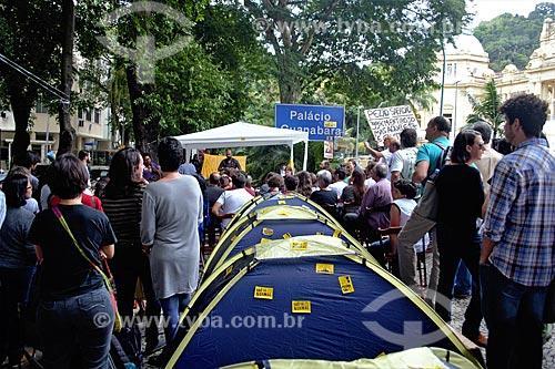 Acampamento de professores-doutores da UERJ em frente do Palácio Guanabara (1853) - sede do Governo do Estado  - Rio de Janeiro - Rio de Janeiro (RJ) - Brasil