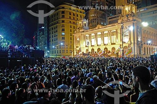 Manifestação após delação da JBS contra o Presidente Michel Temer em frente ao Palácio Pedro Ernesto (1923) - sede da Câmara Municipal do Rio de Janeiro  - Rio de Janeiro - Rio de Janeiro (RJ) - Brasil