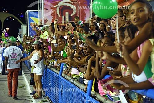Público na arquibancada do Sambódromo da Marquês de Sapucaí durante o ensaio técnico para o desfile do Grêmio Recreativo Escola de Samba Estação Primeira de Mangueira  - Rio de Janeiro - Rio de Janeiro (RJ) - Brasil