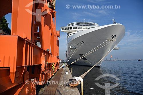 Navio de cruzeiro atracado no Píer Mauá (1949)  - Rio de Janeiro - Rio de Janeiro (RJ) - Brasil