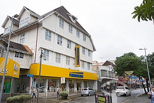 Lojas Pernambucanas em prédio com estilo enxaimel na Rua Nove de Março  - Joinville - Santa Catarina (SC) - Brasil