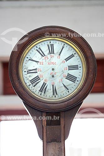 Relógio antigo em exibição na Estação Museu da Memória - antiga Estação Ferroviária de Joinville  - Joinville - Santa Catarina (SC) - Brasil