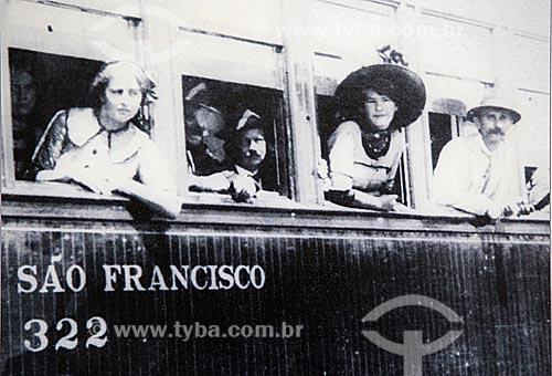 Foto histórica de vagão de passageiros em Joinville (1920) - Reprodução do acervo da Estação Museu da Memória - antiga Estação Ferroviária de Joinville  - Joinville - Santa Catarina (SC) - Brasil
