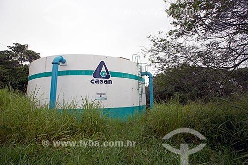 Caixa dágua da Companhia Catarinense de Águas e Saneamento (CASAN) - concessionária de serviços de tratamento de água e esgoto - no Morro da Glória  - Laguna - Santa Catarina (SC) - Brasil