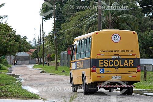 Ônibus Escolar na cidade de Laguna  - Laguna - Santa Catarina (SC) - Brasil
