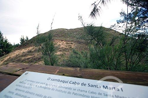 Sambaqui Cabo de Santa Marta I na Estrada Geral do Farol  - Laguna - Santa Catarina (SC) - Brasil