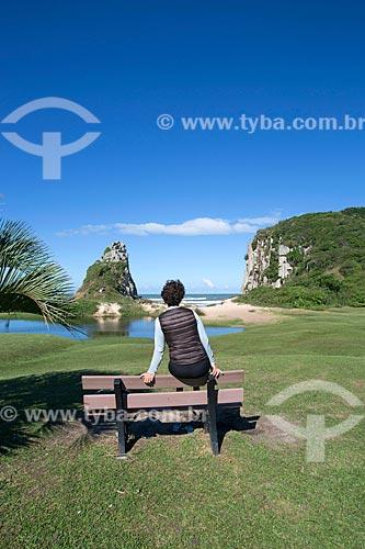 Mulher observando a vista do Parque Estadual da Guarita  - Torres - Rio Grande do Sul (RS) - Brasil